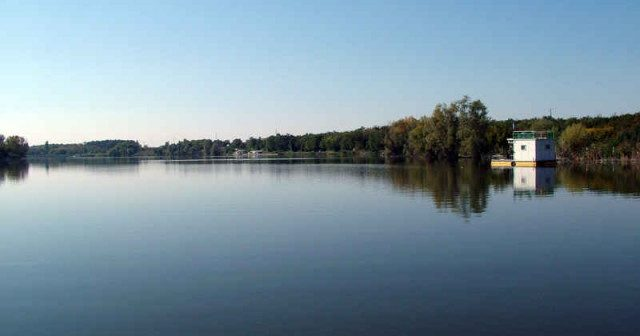 jezero-borko_522b3f83cb825-640x480