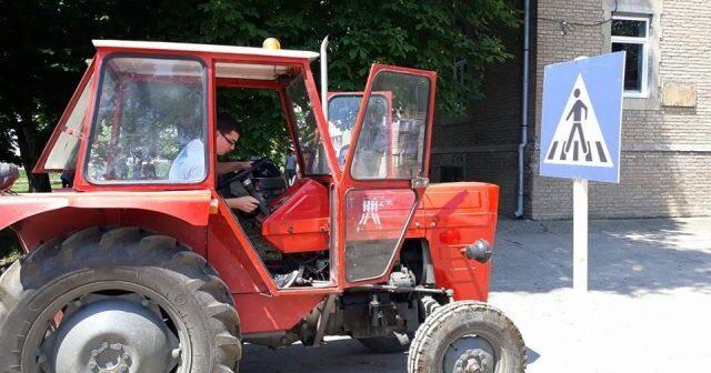 traktorpoljoskola-640x480